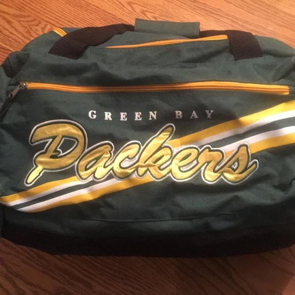 a7bca54bdf Green Bay Packers Duffle Bag. M 5a98b1928290afbec7330ff3